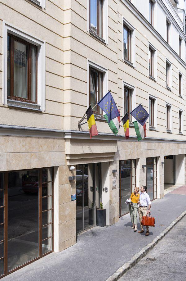 Mondzorg Hongarije - The Three Corners Hotel Art